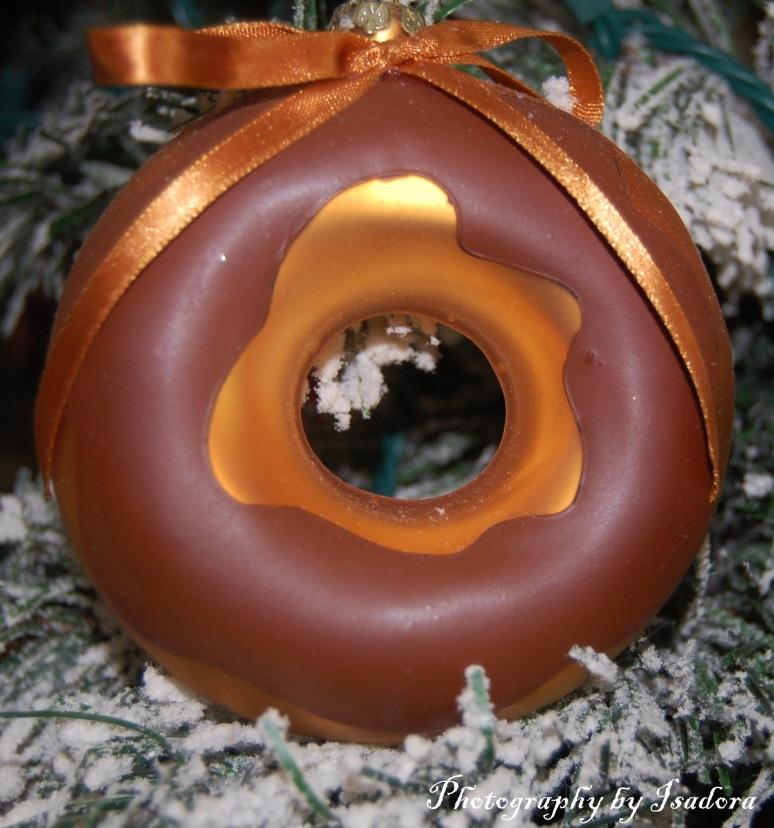 Chocolate Donut Ornament web-si