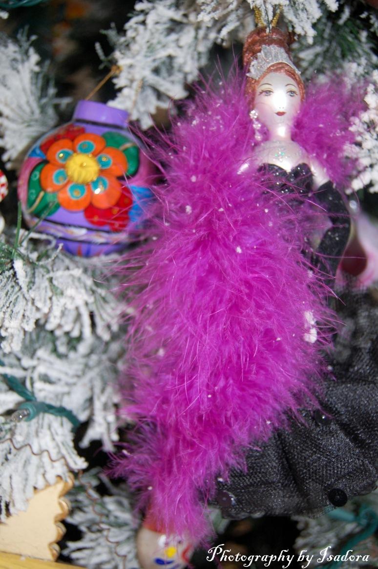 Purple Boa Ornament web-si