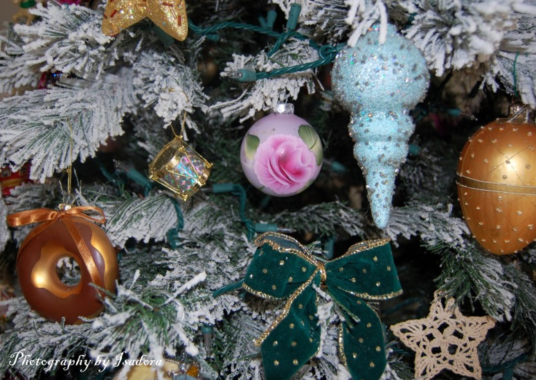 Various-Ornaments---donut-s