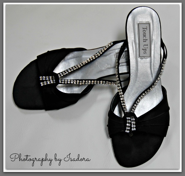 Black Tong Shoes Close.web