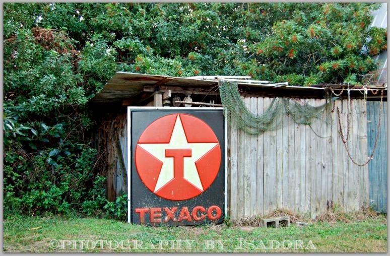 Abandoned Texaco sign.web