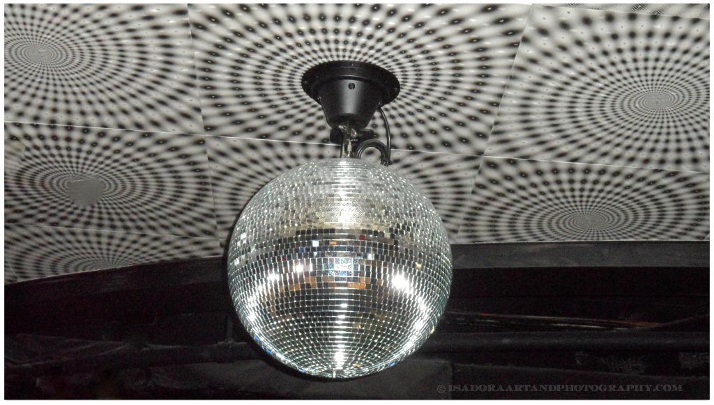 Disco Dance Ball.web