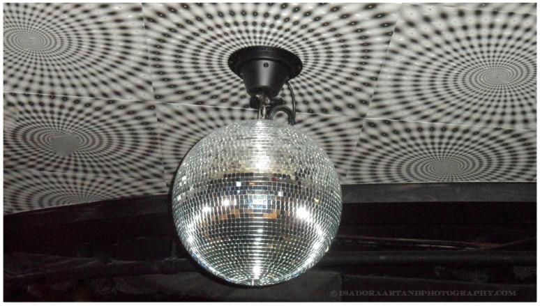 Disco Dance Ball.web