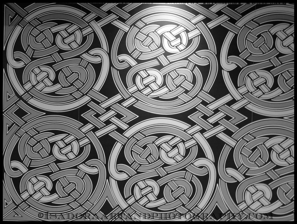 Tile Circle Squiggles Pattern.web