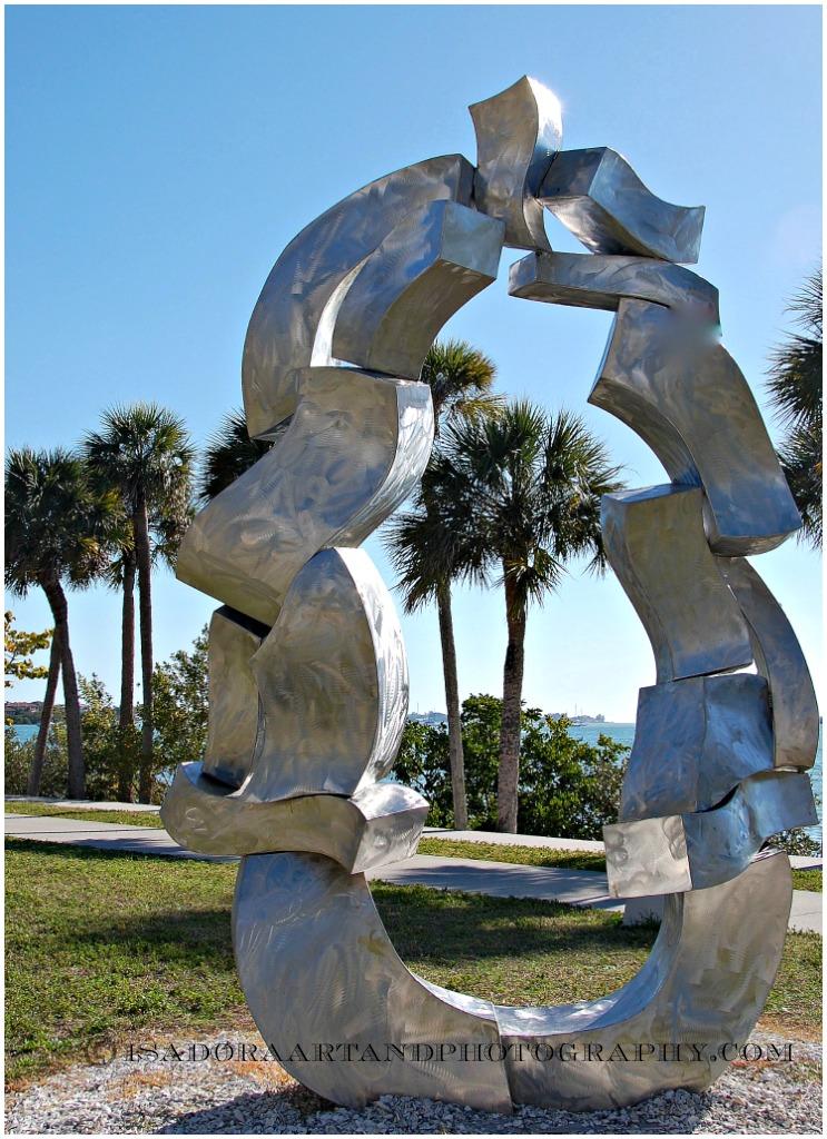 Sculpture Elephant heart.web