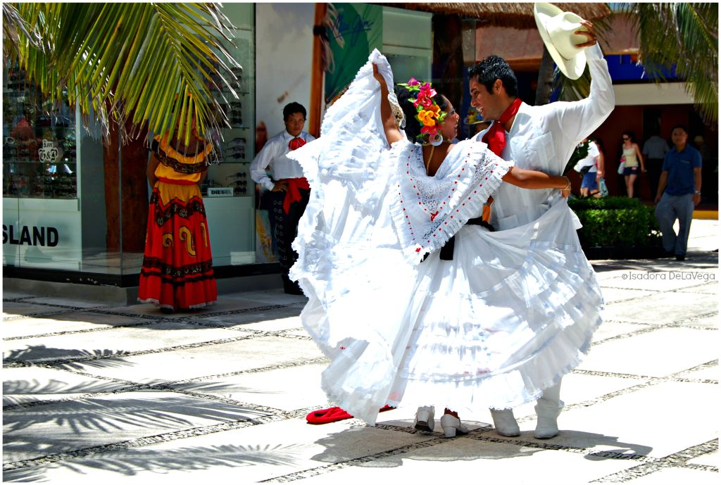 Mexican Dancers Nowegian Epic August 2010.web