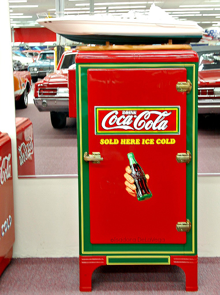 coca-cola-old-fridge-ps-web