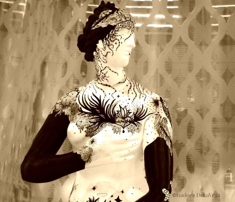 cruise-silhouette-statue-sepia-web